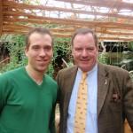 Dennis Thering mit Geschäftsführer Joachim Weinlig-Hagenbeck