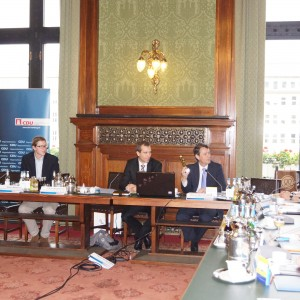 Auf Einladung von Dennis Thering wurde im Hamburger Rathaus über das wichtige Thema Verbraucherschutz diskutiert
