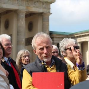 Unser Bezirksabgeordneter Heinz Seier hat auch als Stadtführer überzeugt.